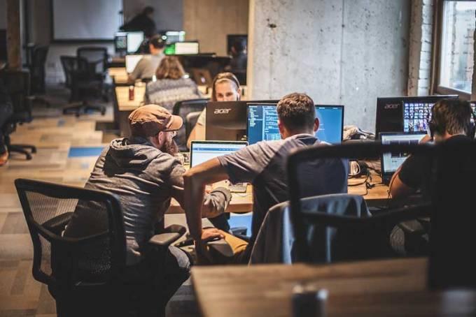 3 تفاوت بین یک توسعه دهنده ارشد و یک توسعه دهنده تازه کار